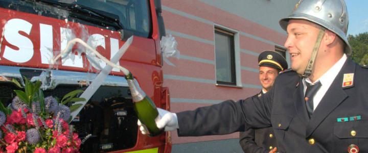 Homški gasilci prevzeli novo gasilsko vozilo GVC 16/25