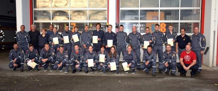 Gasilska zveza Domžale bogatejša za 25 novih operativnih gasilk in gasilcev